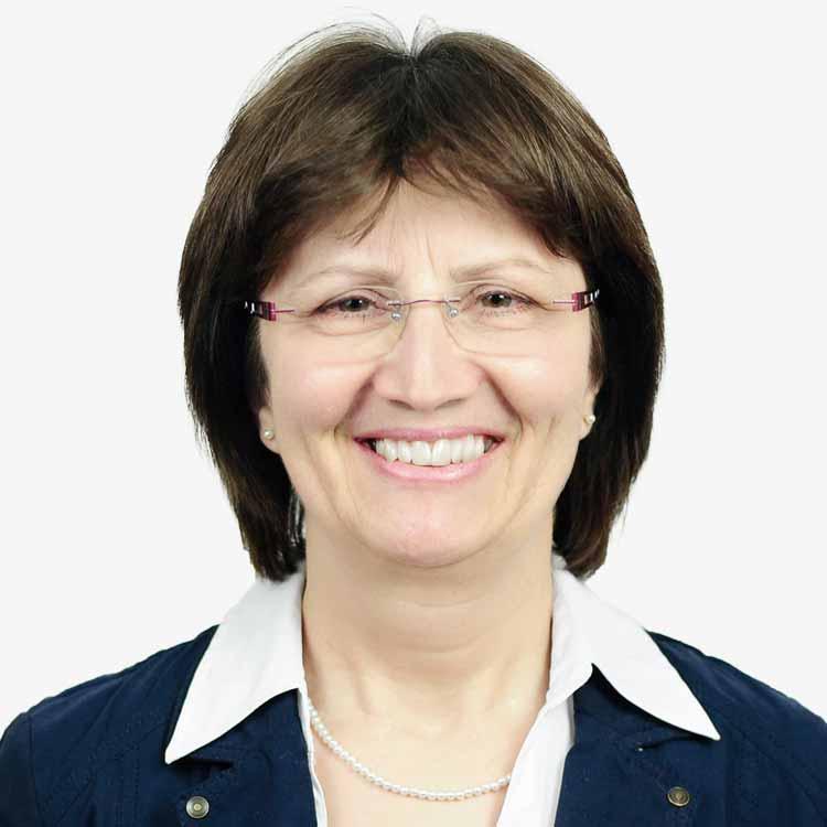 Frau Reischenbeck Steuerfachangestellte